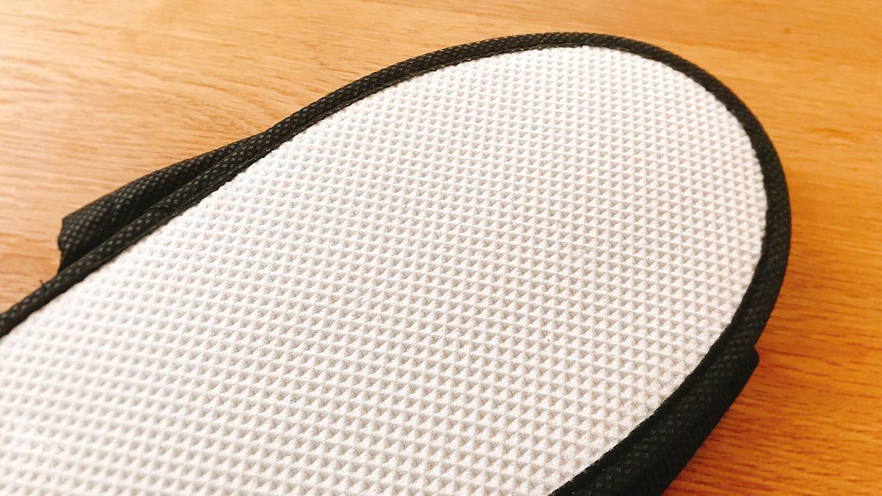 EVA樹脂でできた凹凸が滑りにくくする 使い捨てスリッパ ブラック