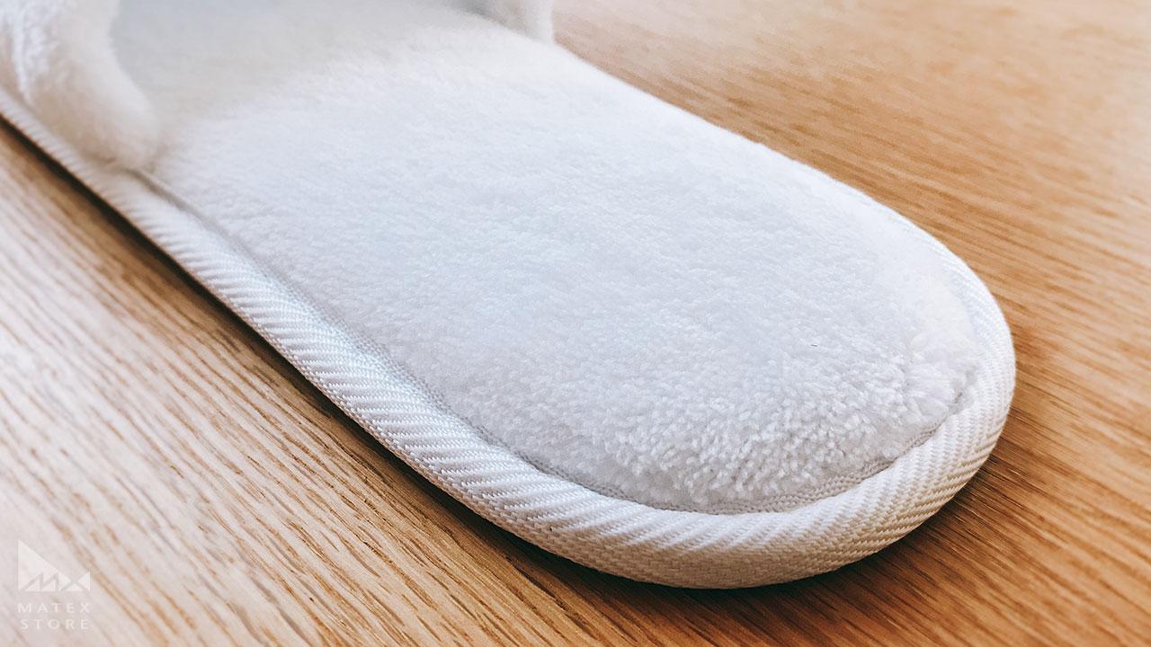 厚めのクッションで足が疲れにくい 使い捨てスリッパ プレミアム