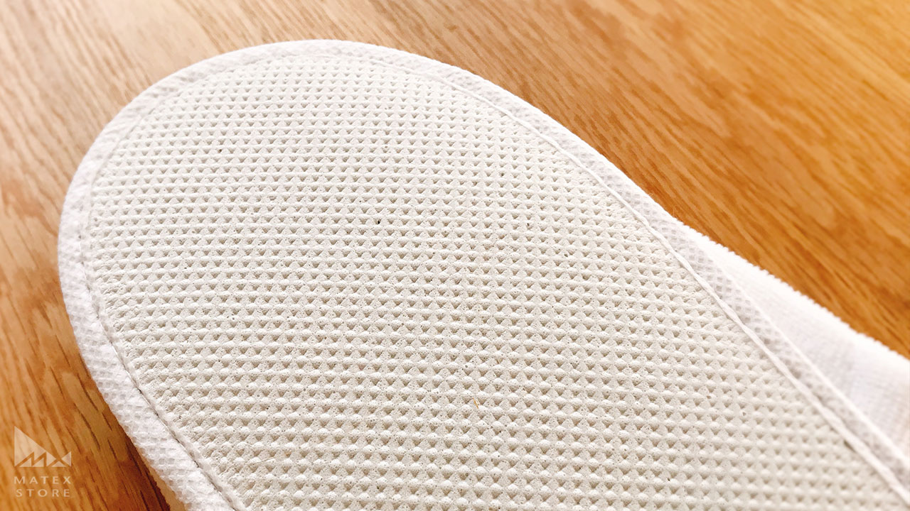 EVA樹脂でできた凹凸が滑りにくくする 使い捨てスリッパ スペシャル